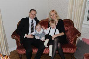 anne-torbjorg-med-familie