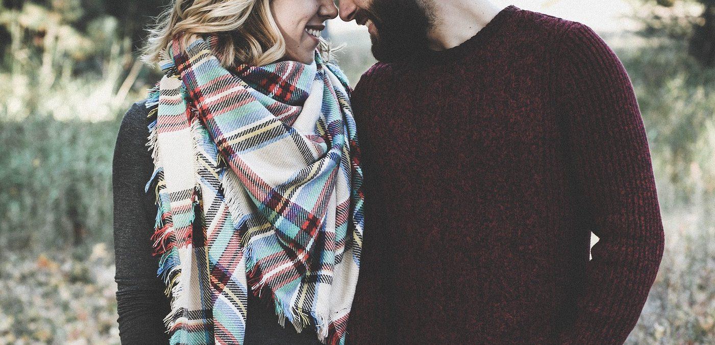 Par som smiler